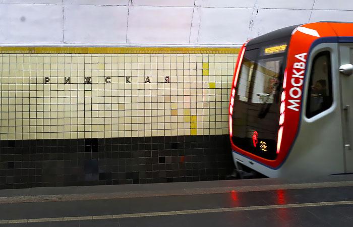 """Станцию метро """"Рижская"""" в Москве закроют на год для замены эскалаторов"""