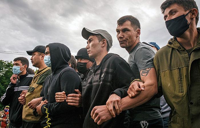 В Башкирии тысячи человек вышли на протест против разработки на горе Куштау