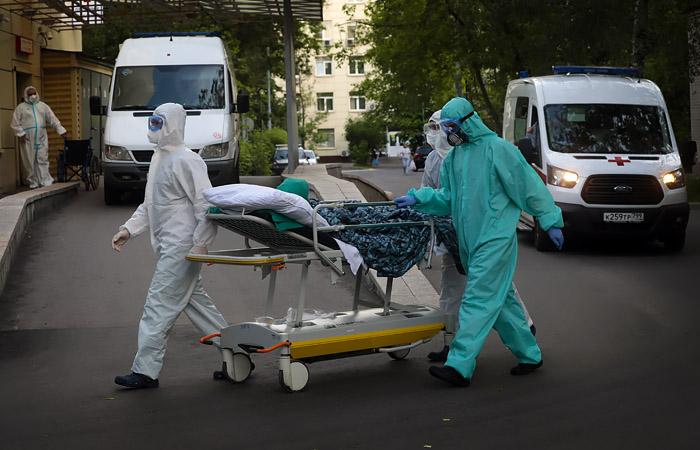 В России за сутки зарегистрированы еще 4 828 случаев COVID-19