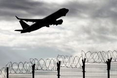 СМИ узнали о планах РФ возобновить рейсы во Францию и ряд других стран