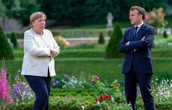 Лукашенко не брал трубку на звонки Меркель и Макрона