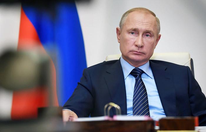 Путин пообещал Белоруссии защитить ее суверенитет