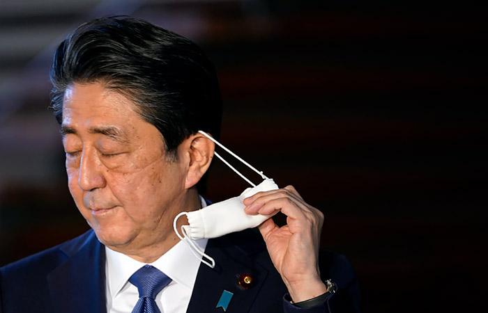 Премьер Японии Синдзо Абэ намерен уйти в отставку