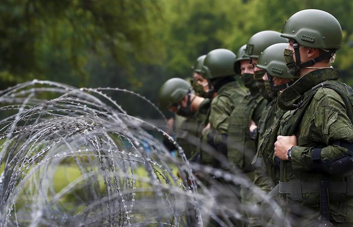 В Кремле надеются, что резерв силовиков Минску не пригодится