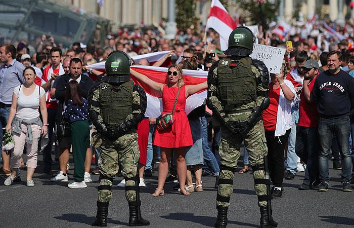На акции протеста в Минске уже задержали 125 человек