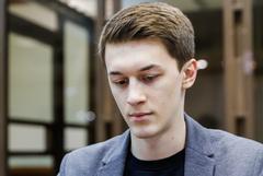 Оппозиционного блогера Егора Жукова избили возле его дома