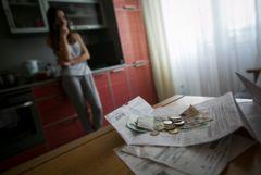 В РФ число банкротств граждан выросло в 1,5 раза, компаний - снизилось на четверть