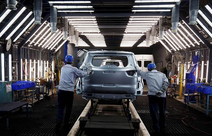 Ford решил сократить 1,4 тыс. штатных сотрудников в США