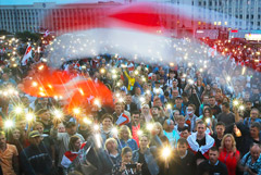Больше половины россиян считают, что Лукашенко сохранит власть