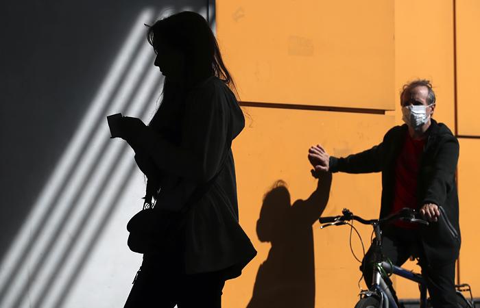 Почти половина россиян высказались за нерабочие дни при ухудшении эпидситуации