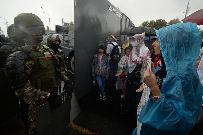 МВД Белоруссии подтвердило задержание 100 человек на протестных акциях