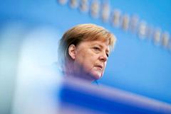 """Меркель не исключила увязки """"Северного потока 2"""" с ситуацией вокруг Навального"""
