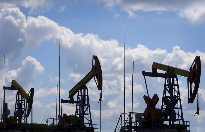 Нефть подешевела на 3,5-5,6% до $40,56 за баррель Brent