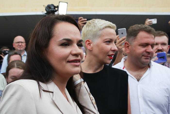 Тихановская поддержала Колесникову, порвавшую свой паспорт