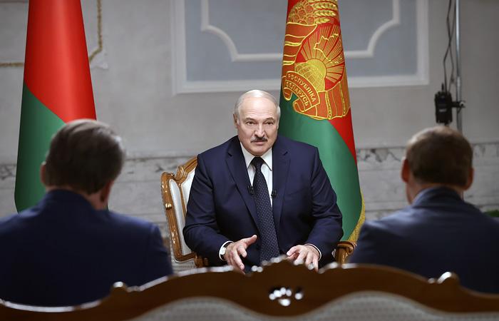 Президент Белоруссии уволил главу КГБ из-за задержания 33 россиян