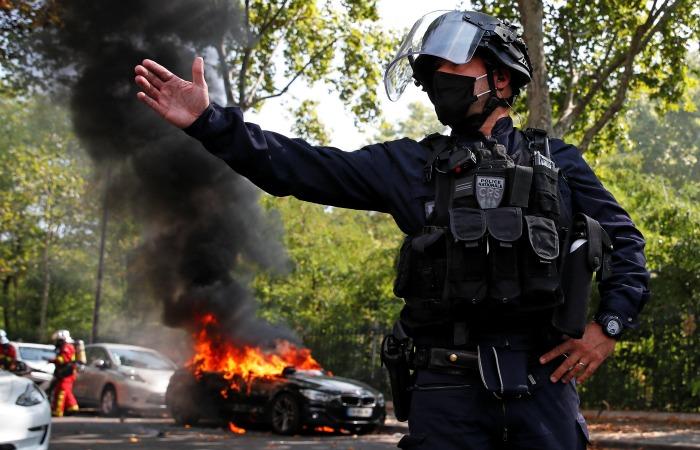 Встолице франции  вовремя акции «жёлтых жилетов» задержано 200 человек