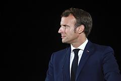 Макрон подтвердил Путину выводы французских экспертов об отравлении Навального