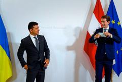 """Зеленский и Курц признались в разном отношении к """"Северному потоку-2"""""""