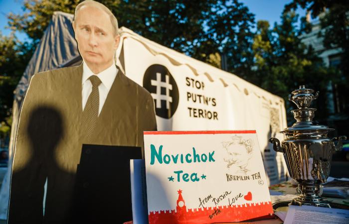 Пресс-секретарь Навального сообщила, что на его личных вещах нет яда