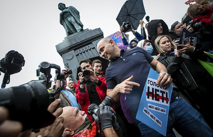 """Директор """"Открытой России"""" Андрей Пивоваров арестован на 10 суток"""