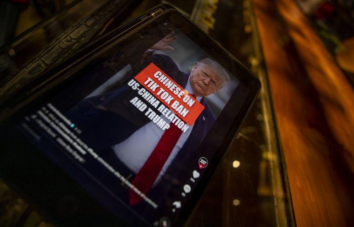 Трамп одобрил покупку бизнеса TikTok в США компаниями Oracle и Walmart