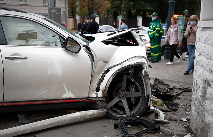 Трое пострадавших в ДТП в центре Москвы попали в реанимацию