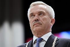 Путин принял отставку последнего ельцинского губернатора