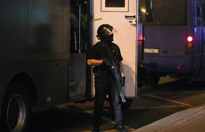 Очевидцы сообщили о стрельбе в центре Минска