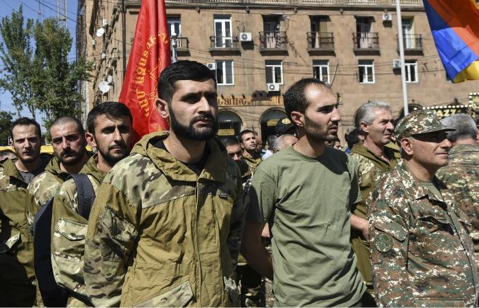 Азербайджан пошел в наступление, Армения объявила мобилизацию. Обобщение
