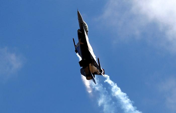 В Ереване заявили, что турецкий истребитель F-16 сбил армянский Су-25