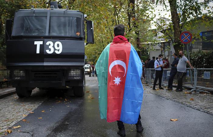 Анкара сравнила ситуацию в Карабахе с событиями на Украине