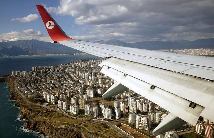 Туроператоры сообщили о всплеске спроса на поездки в школьные каникулы