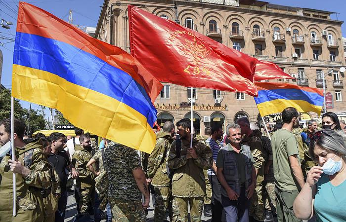 Ереван назвал своим противником в Карабахе международный терроризм