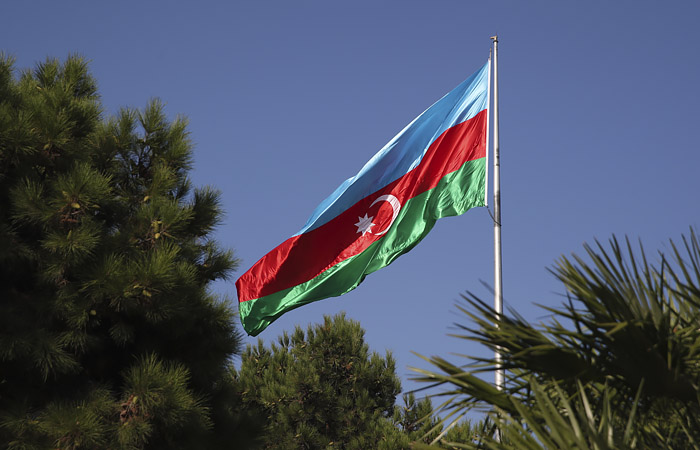 Азербайджан опроверг потерю военного вертолета в Карабахе