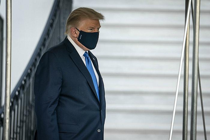 "Трампа начали лечить от COVID-19 ""многообещающим препаратом"""