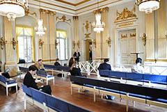 Нобелевская премия по литературе присуждена поэтессе Луизе Глюк