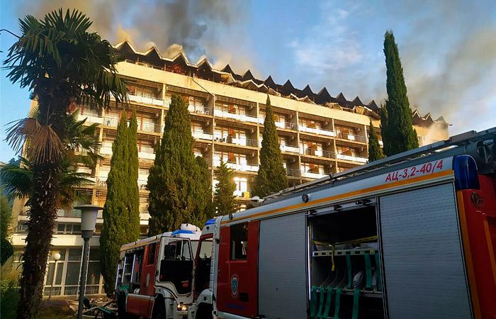 В санатории Минобороны в Ялте прошла эвакуация из-за пожара