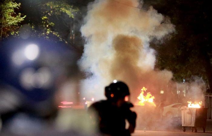 Более тысячи человек пострадали в ходе беспорядков в Бишкеке