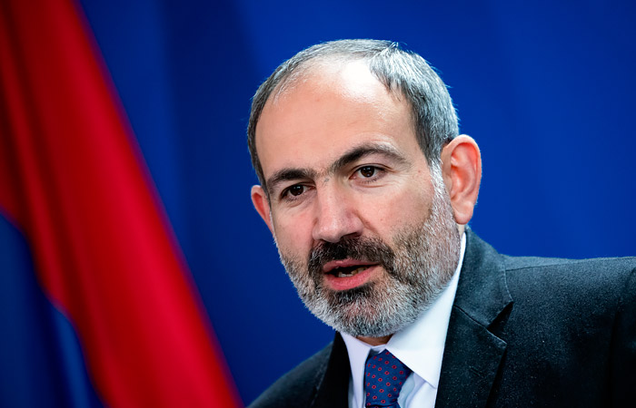 Пашинян признал отступление армянских сил на двух направлениях в Карабахе