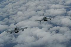Британские истребители вылетали на перехват Ту-160 с полным боевым комплектом