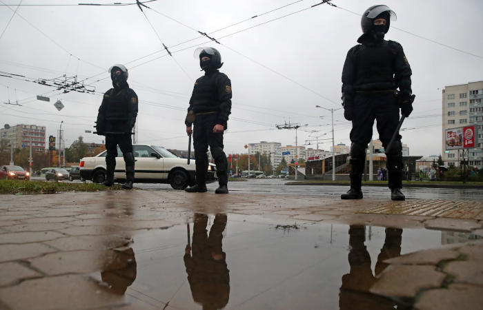 Минская милиция готова в крайнем случае применять оружие на протестах