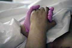 В России за сутки выявлено менее 15 тыс. случаев коронавируса