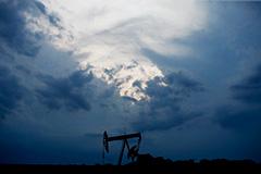 Нефть подешевела в преддверии встречи министров JMMC