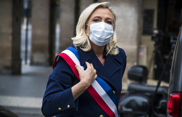 Марин Ле Пен призвала французов к войне с исламизмом в стране