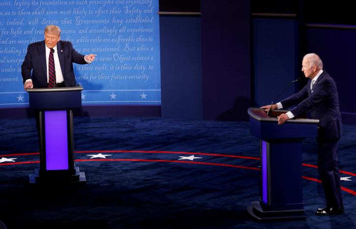 Предвыборная команда Трампа посоветовала ему не перебивать Байдена на дебатах