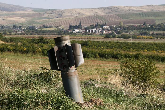 Большинство россиян высказались за нейтралитет Москвы в карабахском конфликте
