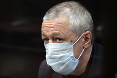 Мосгорсуд отложил на четверг рассмотрение жалобы на приговор Ефремову