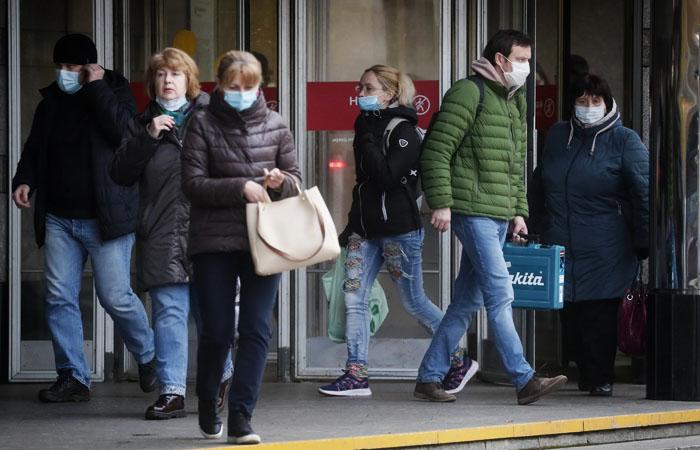 Уровень безработицы в РФ немного отступил от 8-летнего максимума