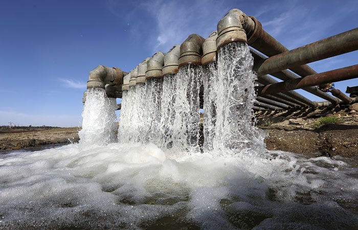 В Кремле заявили, что РФ сможет обеспечить Крым водой без помощи Киева