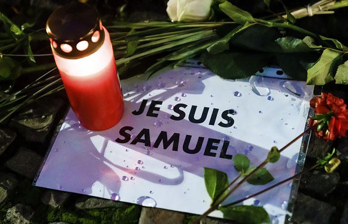 Le Figaro узнала о контактах убийцы учителя во Франции с боевиком из Сирии